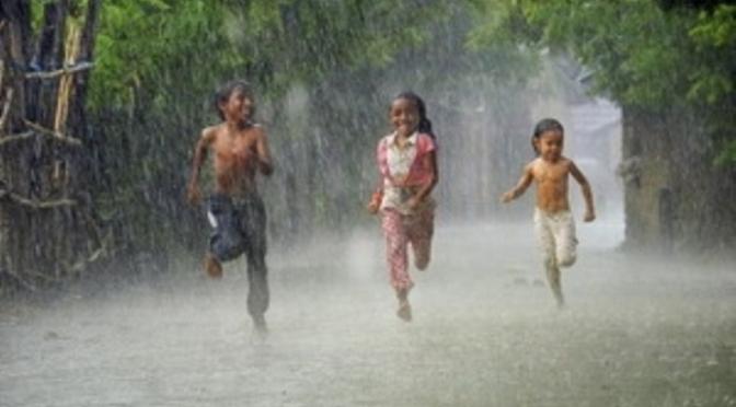 Mùa mưa ở Buôn Làng