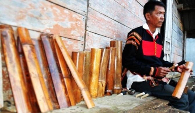 Nhạc cụ cổ truyền VN – Chiêng Tre/Čing Kram