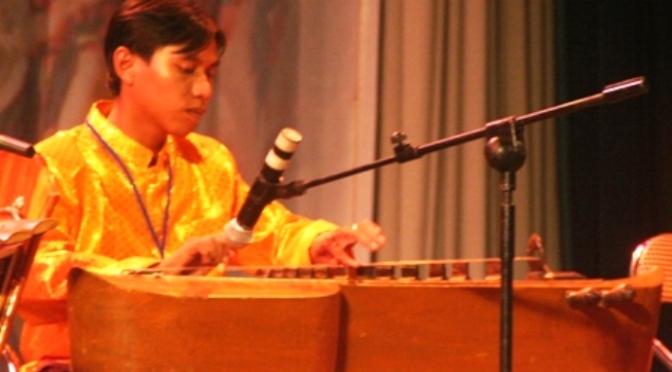 Nhạc cụ cổ truyền VN – Đàn Tà Khê, Truô Sô, Truô Nguôk, Khưm Tôch, Rôneat Thung, Rôneat Đek, Chapây Chomriêng, Koôn, Chhưng