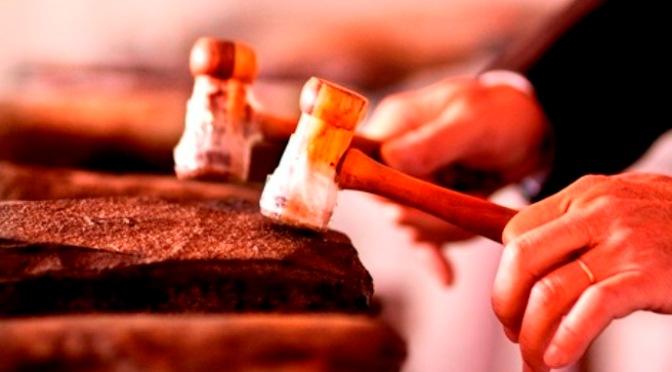 Nhạc cụ cổ truyền VN – Thạch Cầm