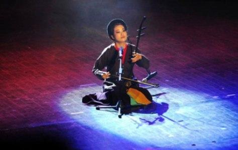 Mai Tuyết Hoa, nghệ sĩ hiếm hoi của bộ môn nghệ thuật Hát Xẩm, đệ tử chân truyền của nghệ nhân Hà Thị Cầu.