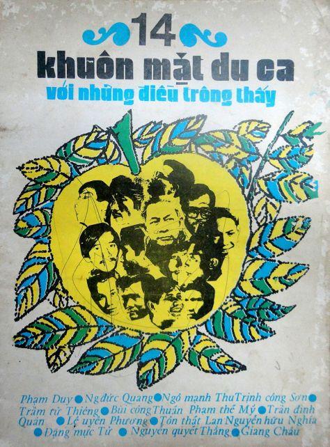 Phạm Duy (giữa) trên tập nhạc Du ca xuất bản năm 1973.