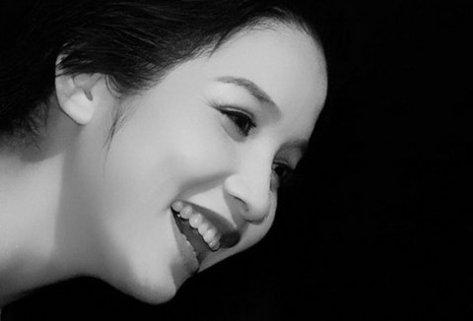 Ca sĩ Mỹ Linh.