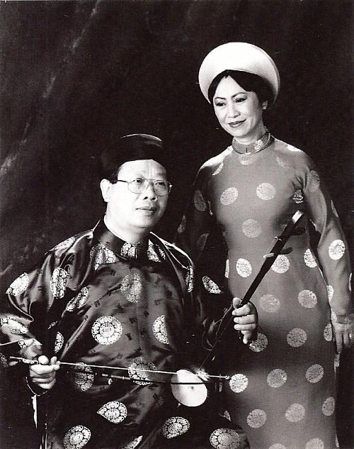 NS Trần Quang Hải và Danh ca Bạch Yến.