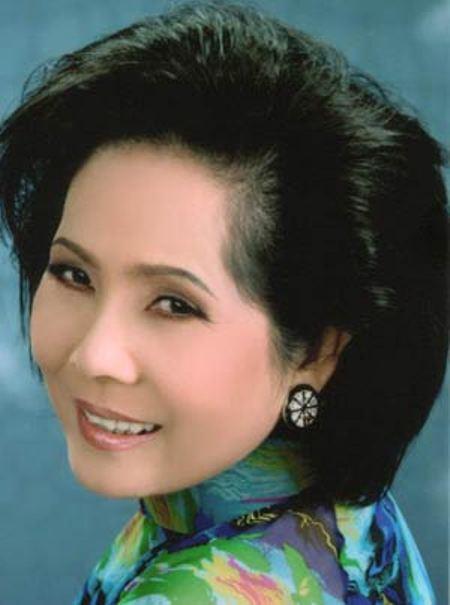Ca sĩ Phương Dung.