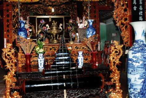 saodieu_13 cây sáo của 'con diều kỷ lục' được đưa vào làm lễ tại đình làng