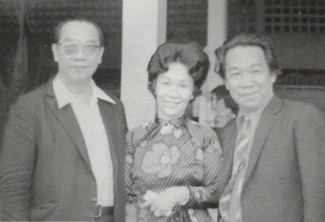 GS Trần Văn Khê và hai em Trần Văn Trạch, Diệu Sương.