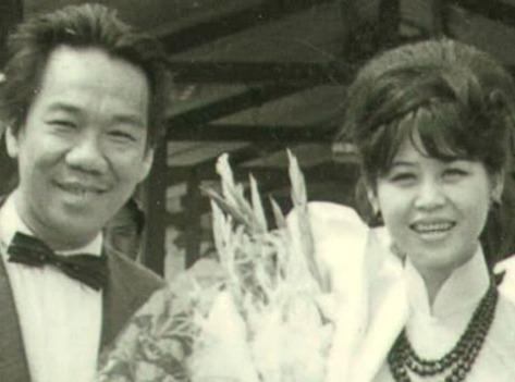 Nghệ sĩ Trần Văn Trạch và chị dâu ca sĩ Bạch Yến.