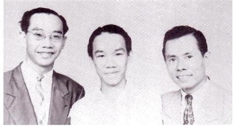 Trần Văn Khê, Trần Văn Trạch và Lê Thương ở Sài Gòn năm 1949.