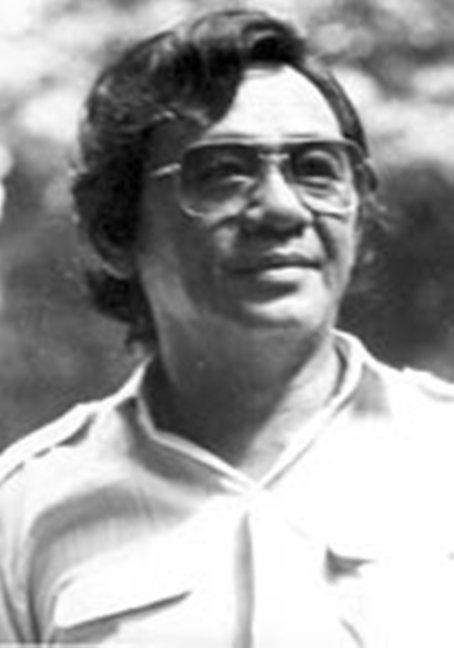 Nhà thơ Kim Tuấn.