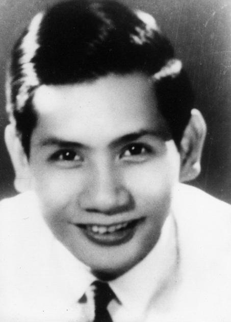 Nhạc sĩ Phạm Thế Mỹ thời trẻ.