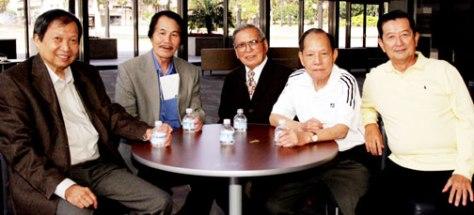 NS Lê Dinh, NS Nhật Ngân, NS Anh Bằng, NS Huỳnh Anh, NS Ngọc Chánh (Quận Cam, California 2009).