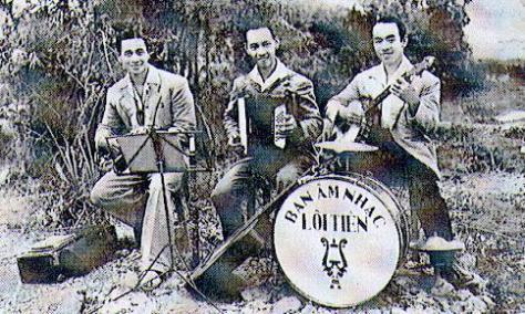 Xuân Khuê, Xuân Tiên, Xuân Lôi - Ðống Nam 1948.