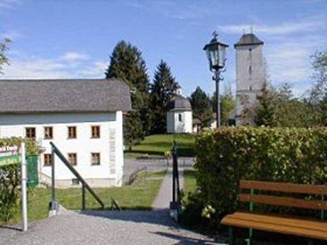Bảo Tàng Đêm Yên lặng và Nhà nguyện Kỷ niệm tại Oberndorf.