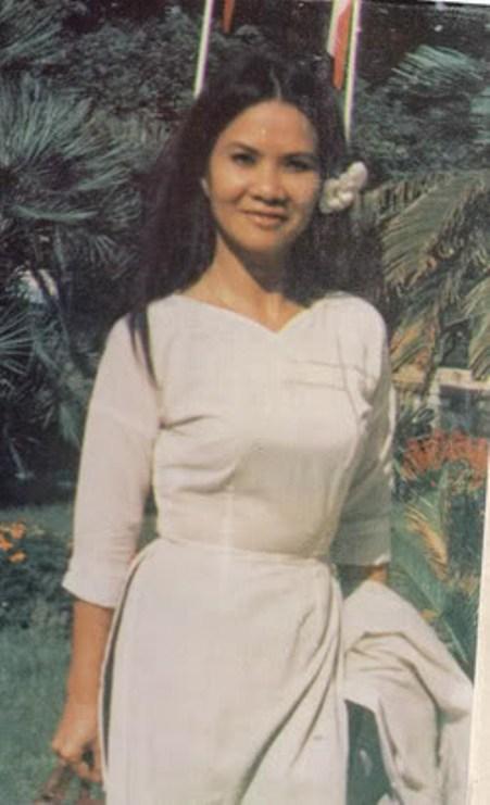 Nhà văn/Thi sĩ Minh Đức Hoài Trinh thập niên 60.