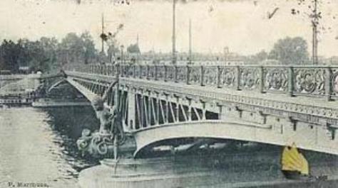 Cầu Mirabeau.