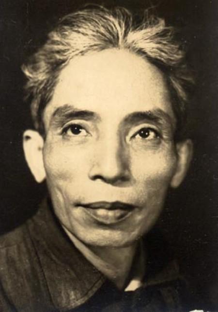 Thi sĩ Thế Lữ.
