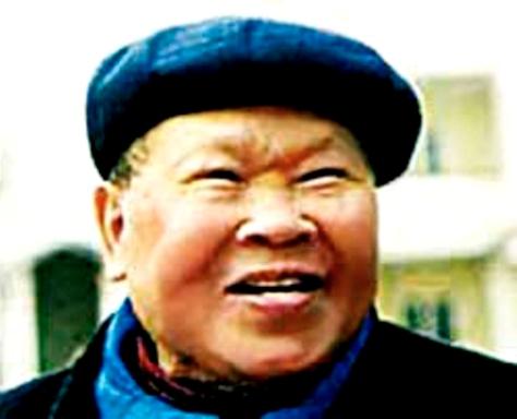 Thi sĩ Huy Cận.