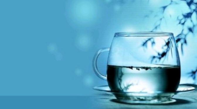 Nửa ly nước