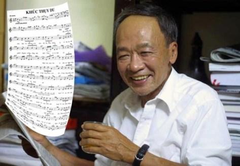Nhà thơ Du Tử Lê và bài hát Khúc thụy du của nhạc sĩ Anh Bằng - Ảnh: Nguyễn Đình Toán.