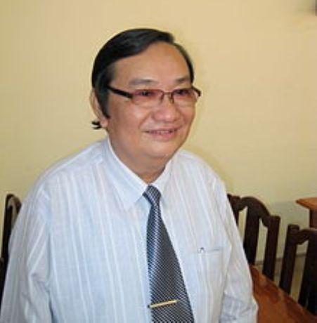 Thi sĩ Trịnh Bửu Hoài.