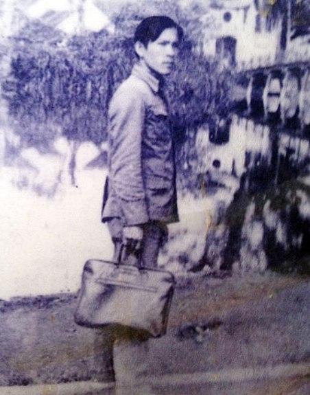 Nhạc sĩ Giáp Văn Thạch tại Phan Rang tháng 10-1984, ảnh chụp vài ngày trước khi ông đột ngột qua đời.