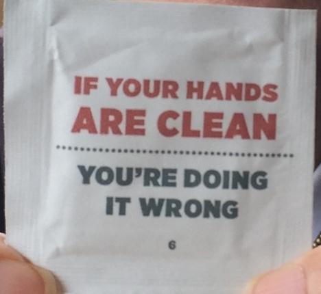 Nếu tay bạn vẫn sạch, tức là bạn đang làm sai.