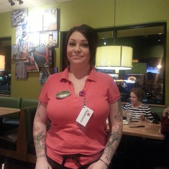 Applebee's waitress