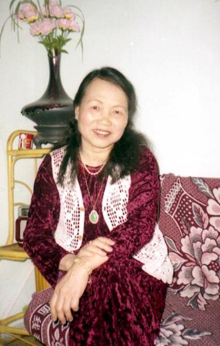 Nhà thơ Đoàn Thị Tảo.