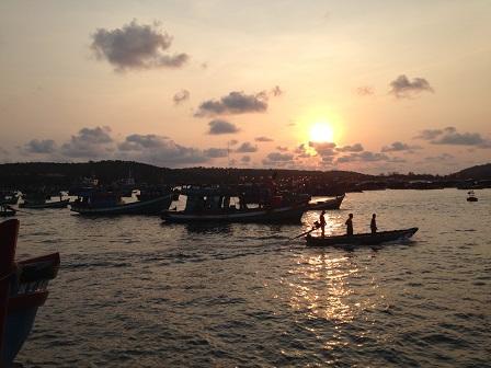 2/ Bến cảng Quốc tế An Thới Phú Quốc lúc 6g00 sáng