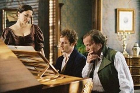 Clara, Brahms, Schumann trong phim Geliebte Clara.
