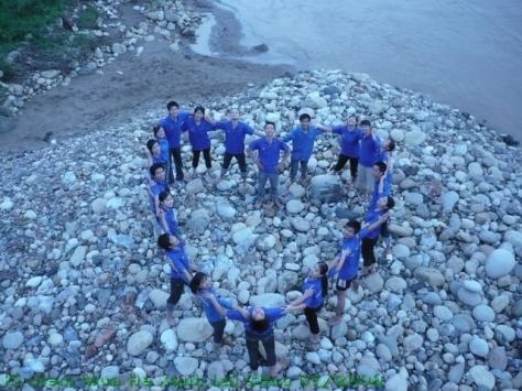 """Bài hát """"Mùa hè xanh"""" của Vũ Hoàng gắn liền với phong trào sinh viên tình nguyện."""