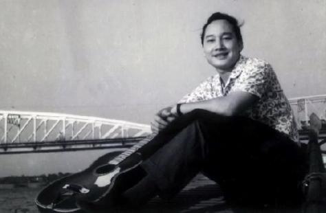 Nhạc sĩ, ca sĩ Duy Khánh.