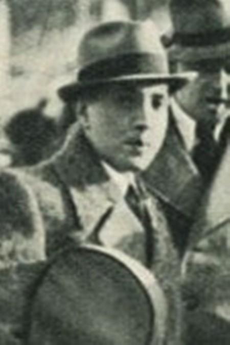 Thi sĩ László Jávor.