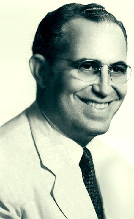 Nhạc sĩ Osvaldo Farres.