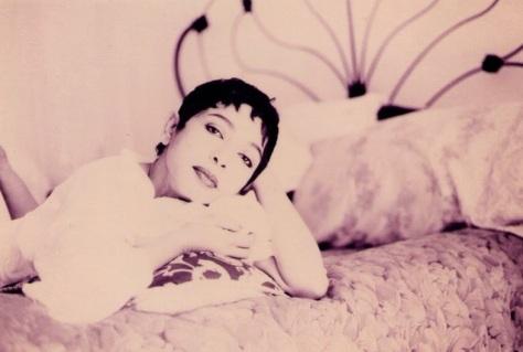 Ca nhạc sĩ Julie Quang.
