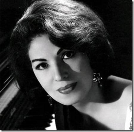 Nhạc sĩ Consuelo Velázquez (1920-2003).