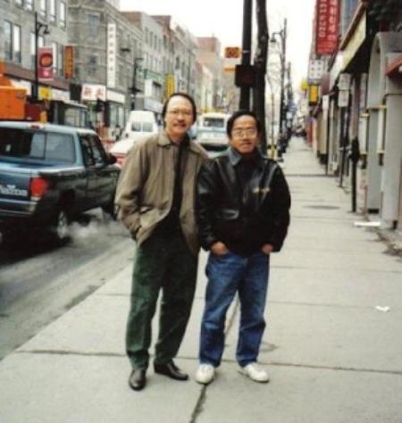 Nam Lộc thăm Trường Kỳ tại Montreal, 1996.