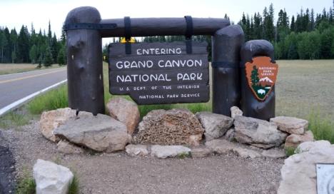 Cổng vào Công Viên Quốc Gia Grand Canyon National Park.