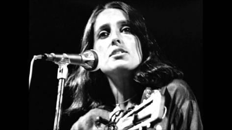 Ca sĩ Joan Baez.