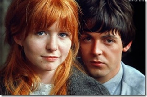 Jane Asher và Paul McCartney.