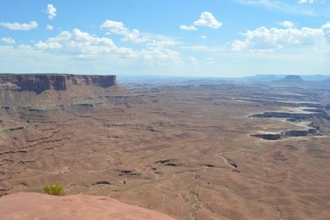 Góc trái White Rims Canyons.