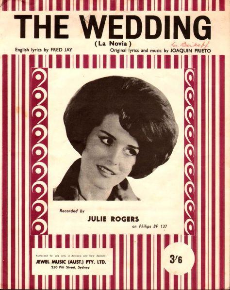 Ca sĩ Julie Rogers.
