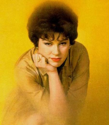 Ca sĩ Patsy Cline (1932-1963).