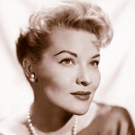 Ca sĩ Patti Page (1927-2013).