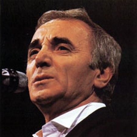 Ca nhạc sĩ Charles Aznavour.