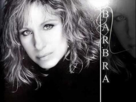 Nữ danh ca Barbara Streisand.