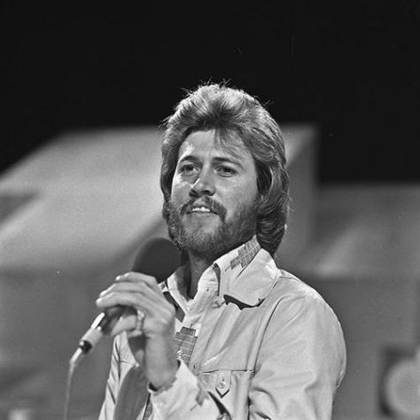 Ca nhạc sĩ Barry Gibb năm 1973.