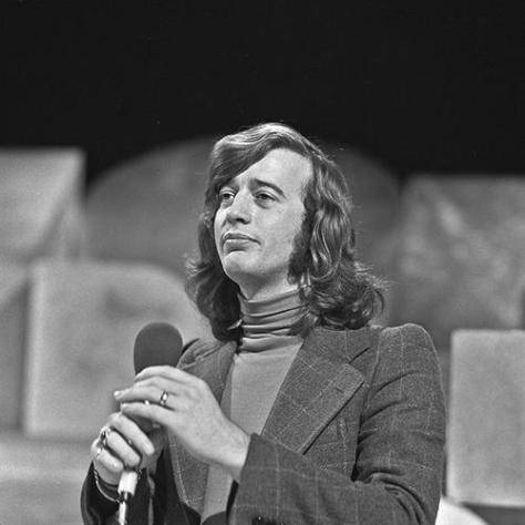 Ca nhạc sĩ Robin Gibb năm 1973.