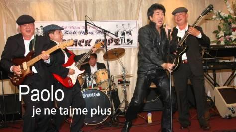 Ca sĩ Paolo Tuấn và ban nhạc The Black Caps